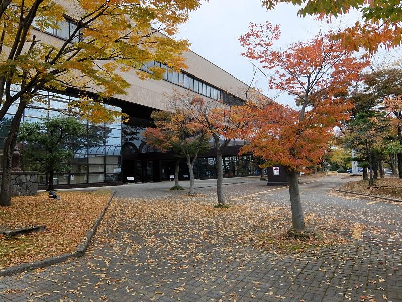 新湊図書館