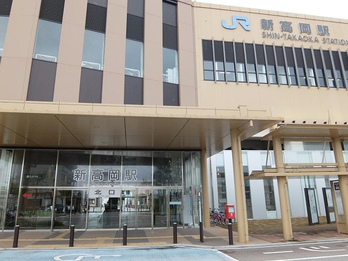 新高岡駅南口公園
